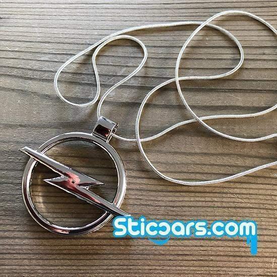 Opel logo met zilveren kettinkje